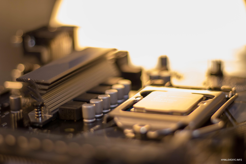 Xeon E-2146G(QS)体验